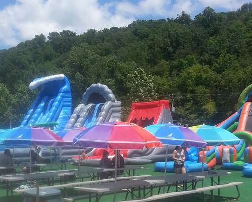 awsome inflatable waterpark