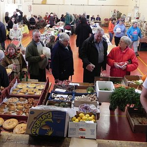 Overview of our market - approximately 22 stalls every week - these photos are only a small sele