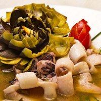Guazzetto di calamari e carciofi
