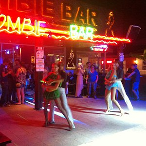 Zombie bar 2013
