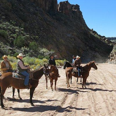 arroyo approaching the basalt cliffs