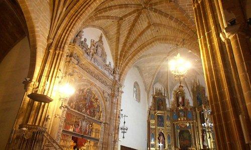 Interior de la iglesia de San Nicolás de Bari, Úbeda, España