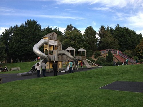 Whin Park play ground