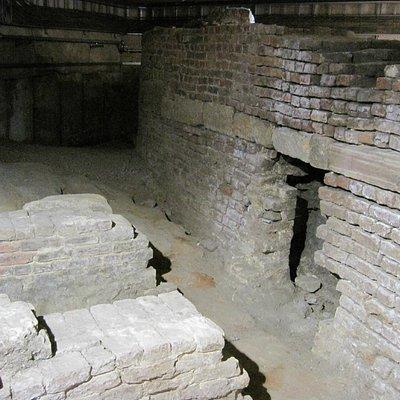 Old Dock - Original Bricks