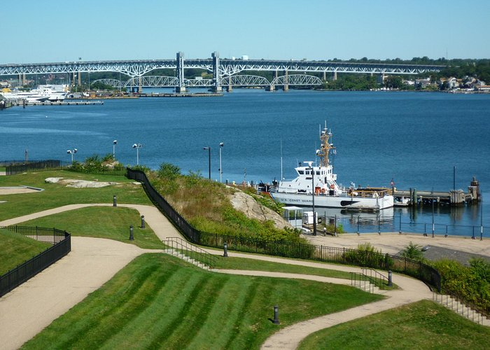 Scenic view of Thames River