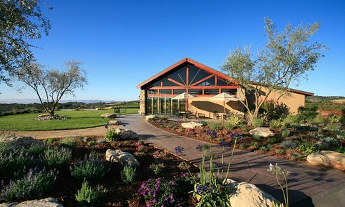 Wine Tasting Room at Calcareous in Paso Robles