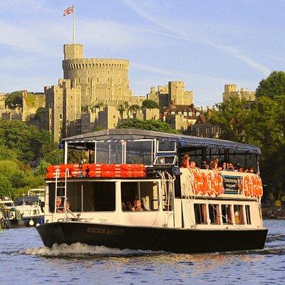 Windsor Majesty departs Windsor promenade