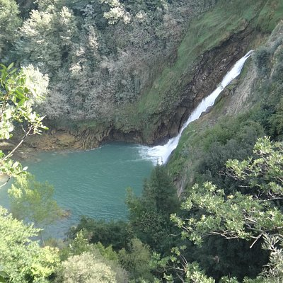 cascata e lago