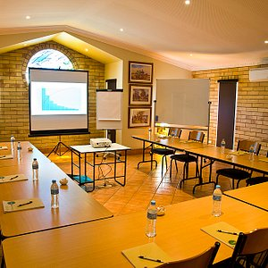 Conference room - up to 30 seated at desks