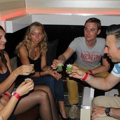 Nightlife Pub Crawl in Köln