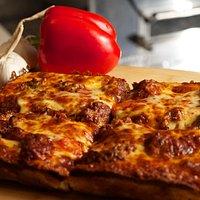 Meatball Deep Dish Pizza