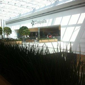 Vista da entrada do Shopping