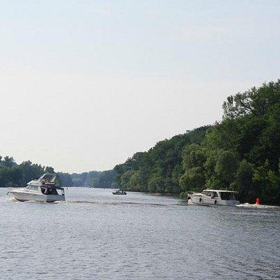Many boats on the lake