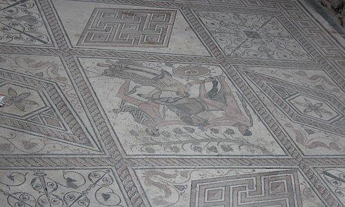 mosaico romano em pula