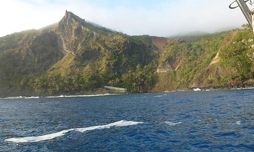Sailing, 880 NM, from Easter Island to Pitcairn - Oct 2012. Bounty Bay.
