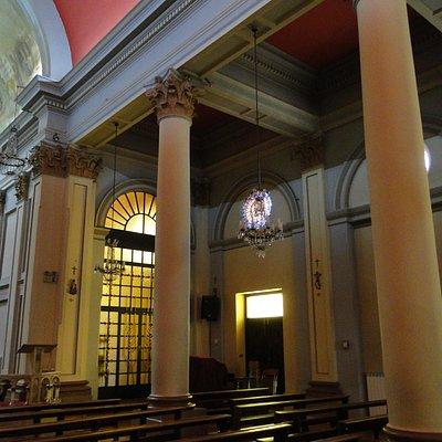 Row of columns each side