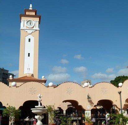 patio van de Mercado