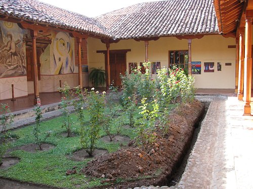 Courtyard at the museum.