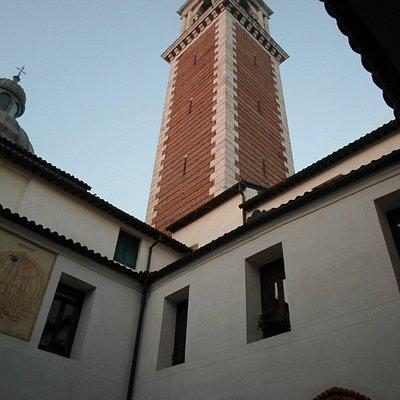 Il campanile dal chiostro