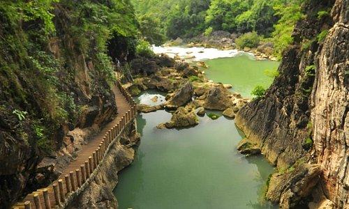 Tianxing Bridge Scenic Resort