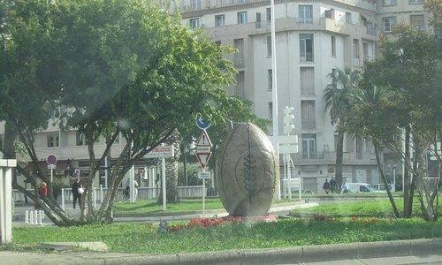 ball statue mayol stadium