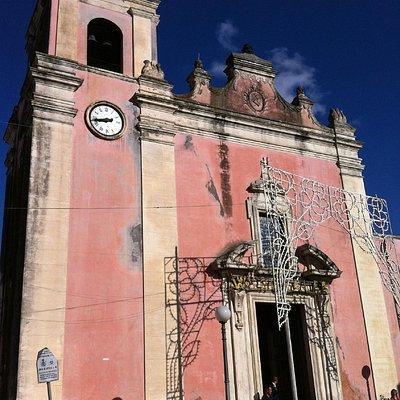 vista esterna della chiesa