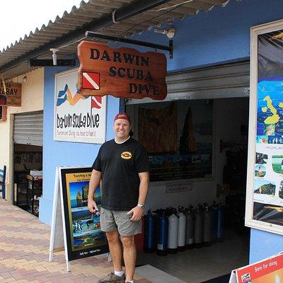 Darwin's place~