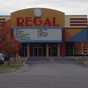 Regal Eastview Theater (close-up)