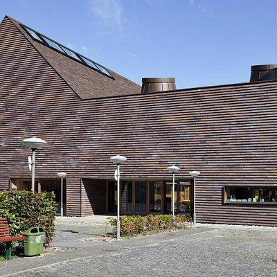Sorø Kunstmuseum set fra indgang via Munkevænget
