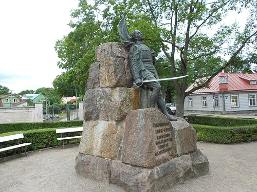 Monument For the Inhabitants of Saaremaa Who Have Lost Their Lives in the War of Independence ..