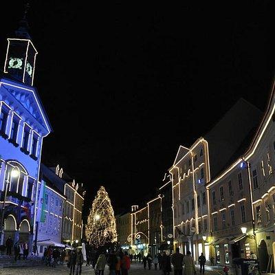 Mestni Trg - Piazza civica  a Natale
