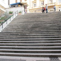 San Vitale, steps leading up to the street