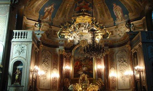 exquisite baroque interior