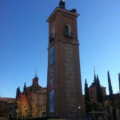 Torre de Santa María en la plaza de la Capilla der Oidor