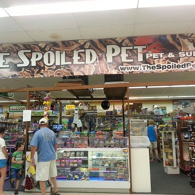 Complete line of pet supplies!