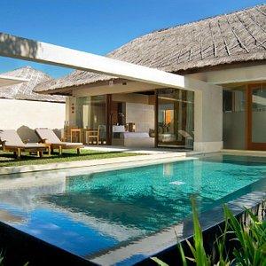 Deluxe Single Pavilion Pool