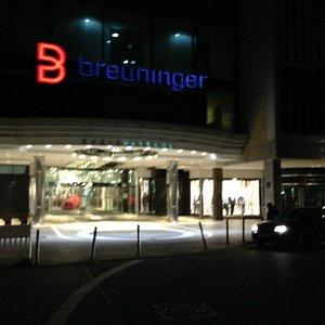 Eingang zur Eberhardstrasse