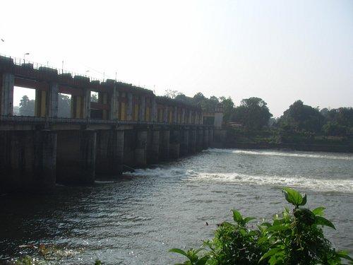 The Man made dam at Bhoothathaan Kettu