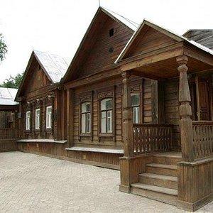 Музей Ключевского в Пензе такой, а не как на первой фотографии указано