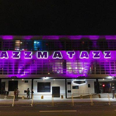 Fachada Razzmatazz