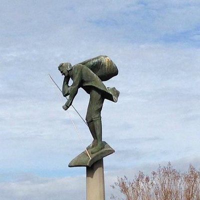 Statue of a Wingwalking Lindbergh
