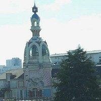 Le lieu unique: Nantes: Francia: la torre simbolo