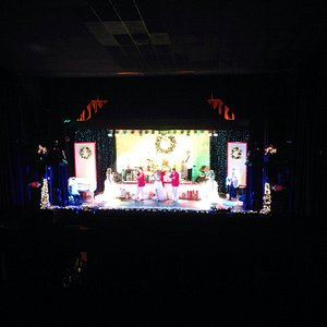 Rudy Theatre-Christmas Show