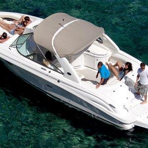 Searay 290 N1 amplia y comfortable