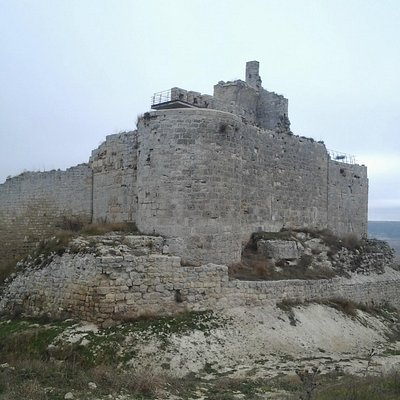 Vista de los restos del castillo.