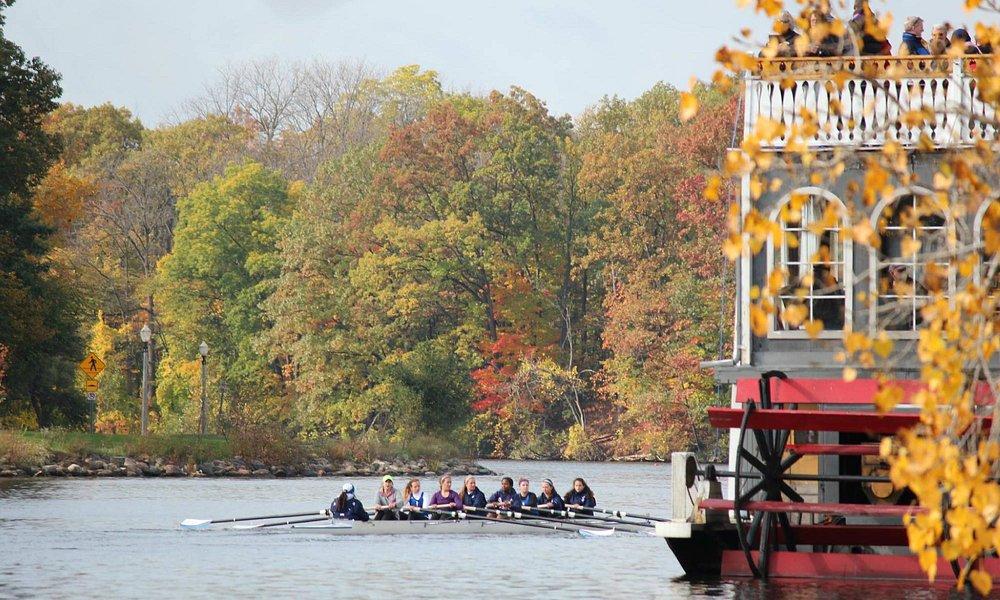 Fall at Grand River, Lansing, Michigan (By Sudarsan Vaithu)
