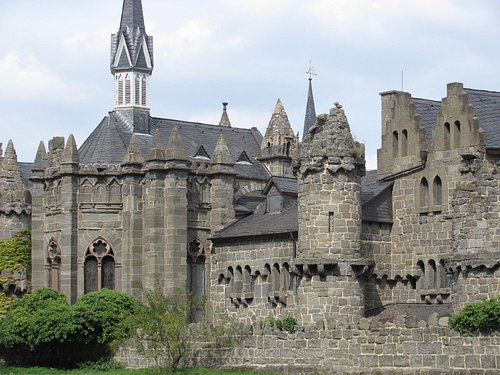 Lustschloss Löwenburg