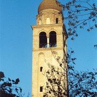 Il campanile della vecchia Abbazia