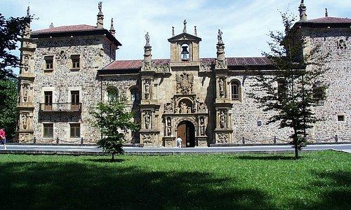 Primera univesidad del País Vasco, s. XVI. Uno de los edificios histórico más significativos del