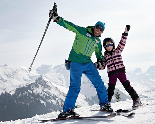 Ski lessons for all ages and ski ability